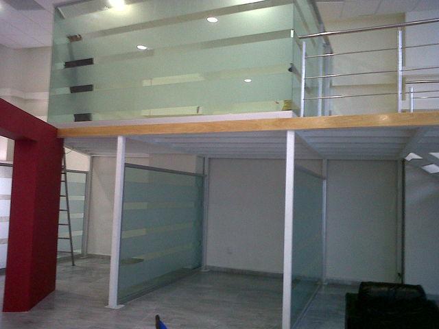 Cubiculos de cristal para oficinas aluminio roga for Cubiculos de oficina