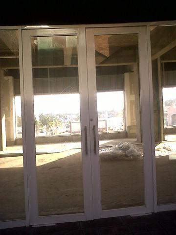 puerta para local comercial en plaza aluminio roga